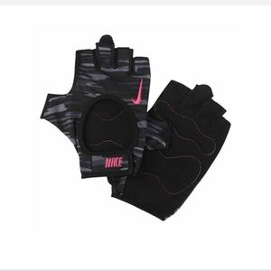 New Nike Lightweight Training Gloves Camouflage